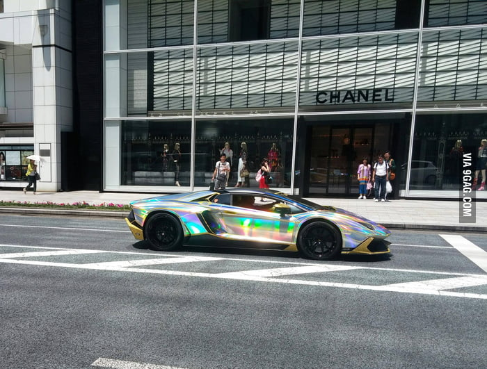 The coolest car I've ever seen (in Tokyo)