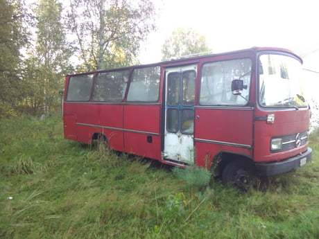 Bought this thing and going to build it for traveling through europe. (MB 608 1969)