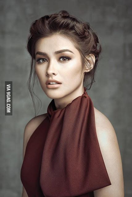 Liza Soberano