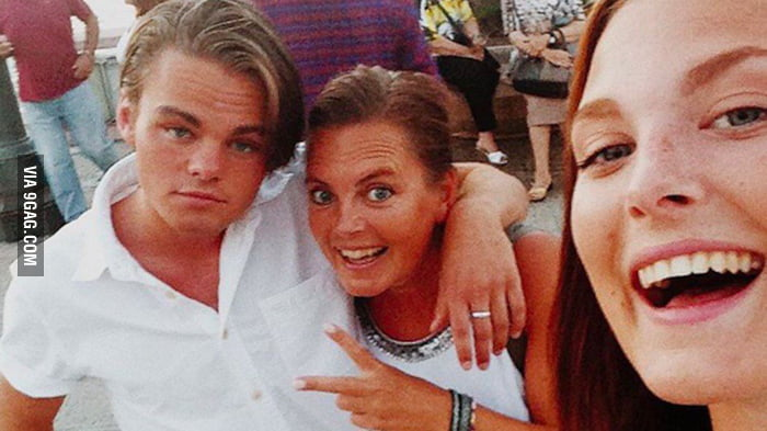 A Swedish bartender that looks like a young Dicaprio