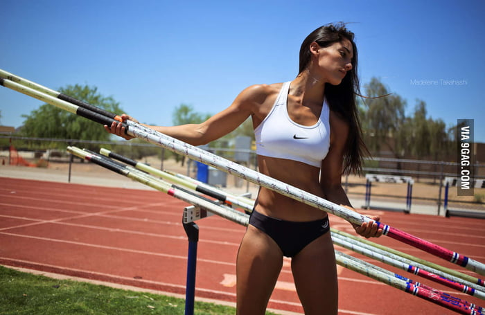She knows how to handle a pole (Allison Stokke)