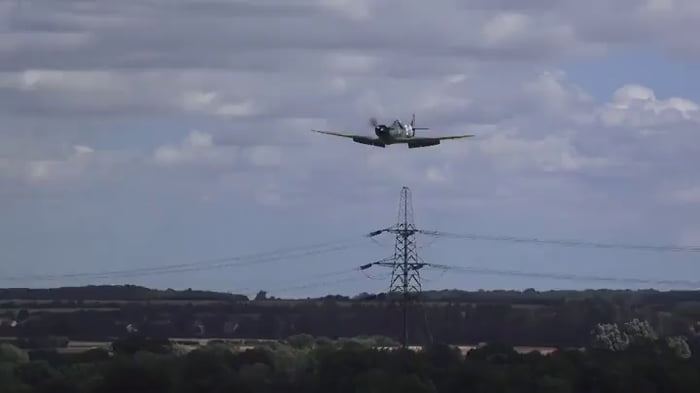 Skilled pilot lands a replica spitfire in an emergency without any wheels