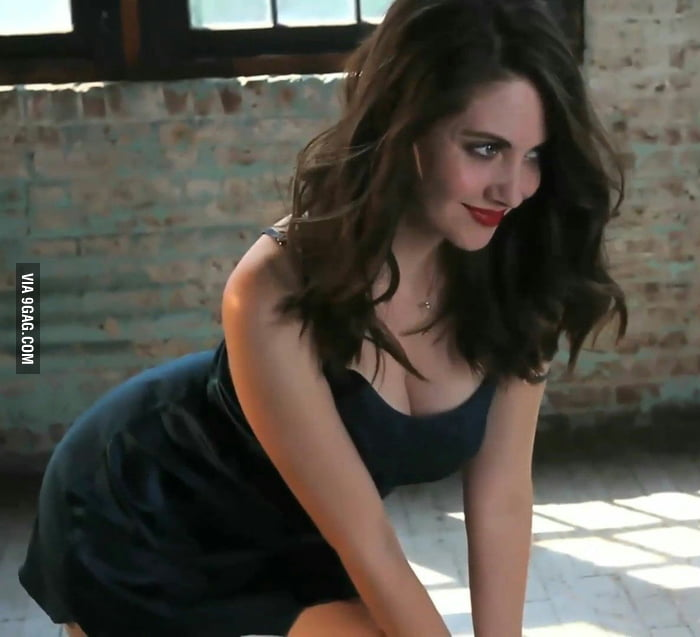 One certain thing: Alison Brie is absolute goddess!