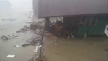 The most dangerous part of a hurricane is not the wind or the rain. It's the storm surge. Here's a terrifying example from Typhoon Haiyan.