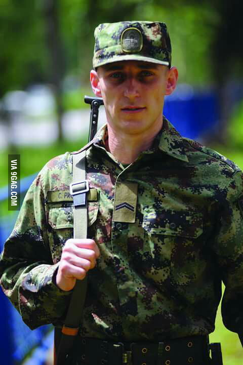 This Serbian soldier broke a Guinness world record in push-ups 2370 in one hour Respect