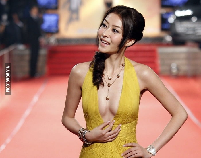 Chinese actress Xiong Dai Lin (plays Ip Man's wife)