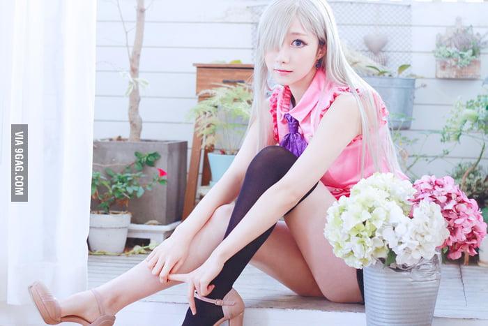Elizabeth cosplay from Nanatsu no Taizai