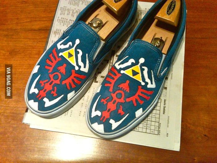 Handpainted Zelda Shoe