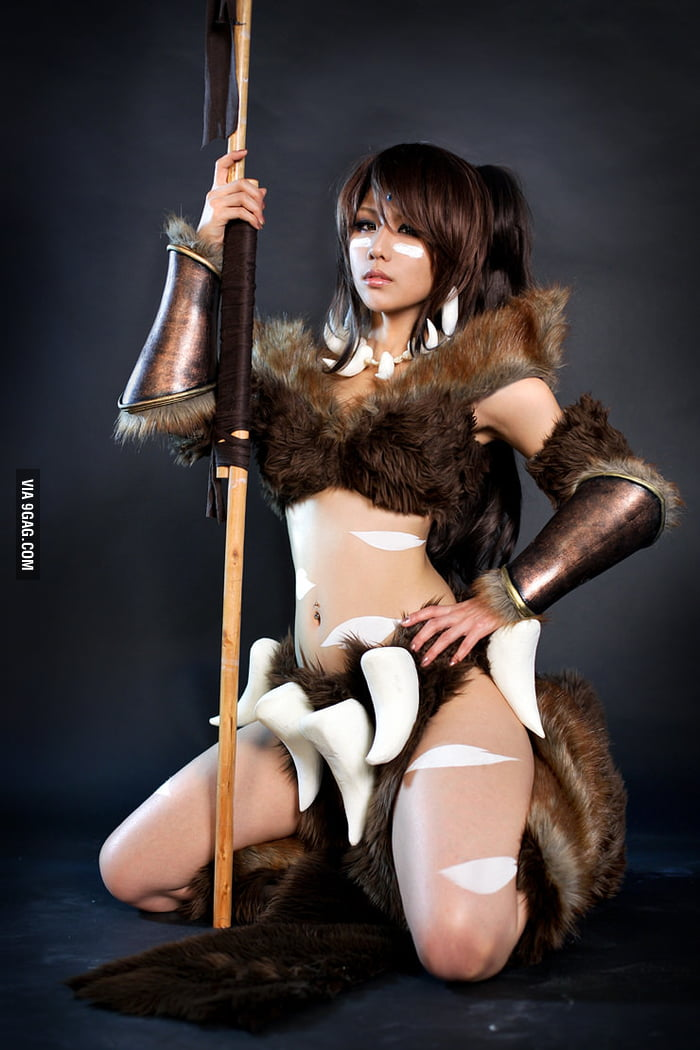 Best Nidalee cosplay!