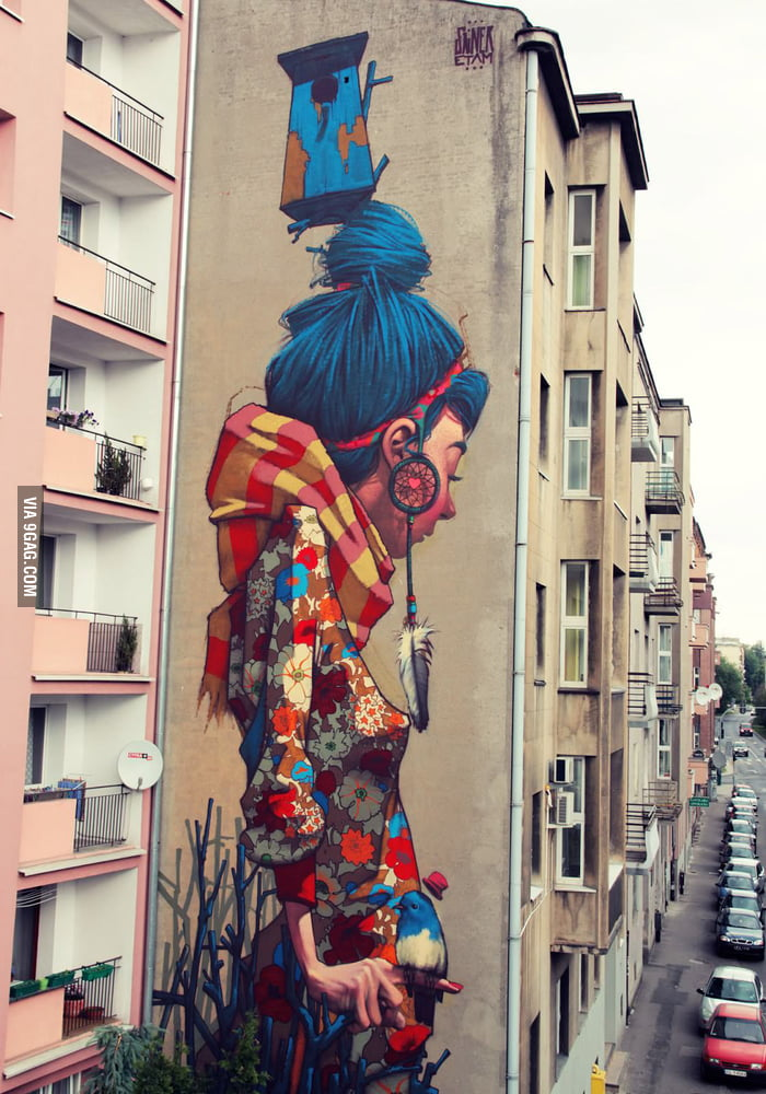 Amazing graffiti in Lodz, Poland.