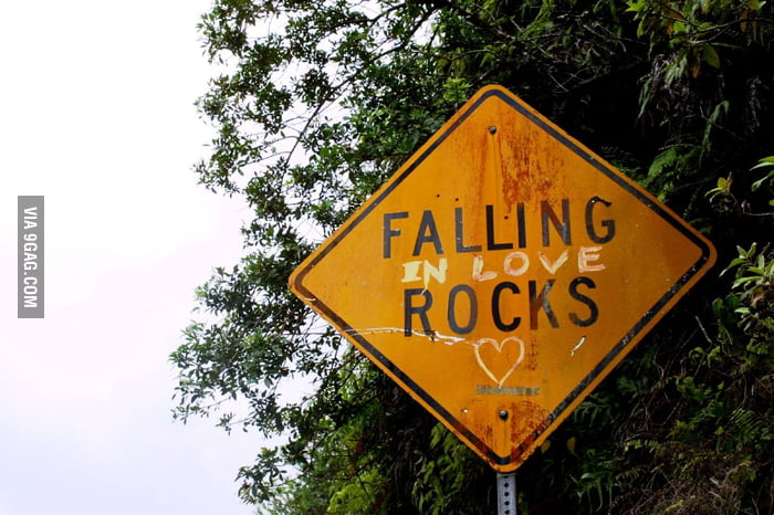 FALLING (in love) ROCK