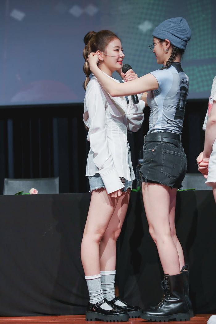 Photo : Lia & Ryujin - ITZY