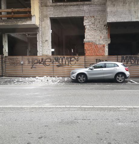 Lucky Bastard Croatia Zagreb After Earthquake 9gag
