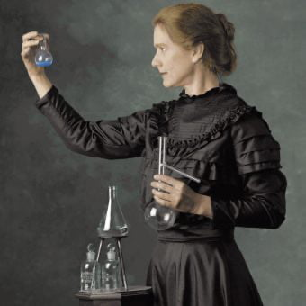 Let's take a moment and appreciate what an absolute role model Maria Sklodowska Curie is, as she passed 87 years ago today.