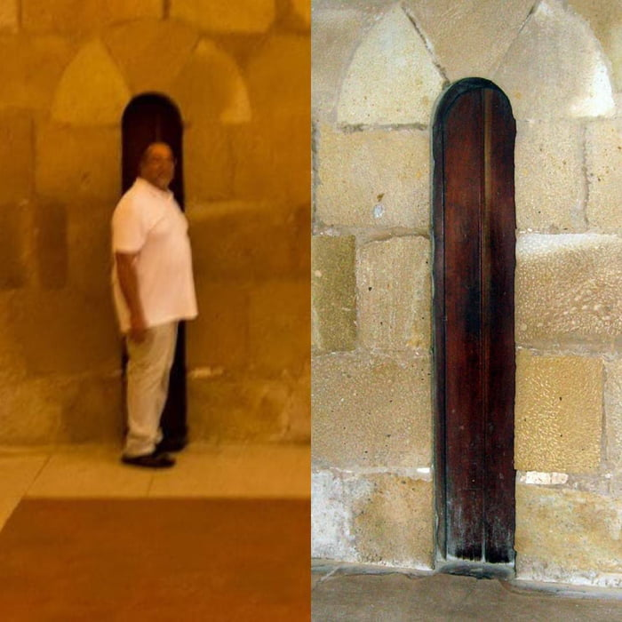 """The """"fatty-blocker"""" door in a Portuguese monastery. It had a width of only 32cm to guarantee that the monks weren't practicing the sin of gluttony"""