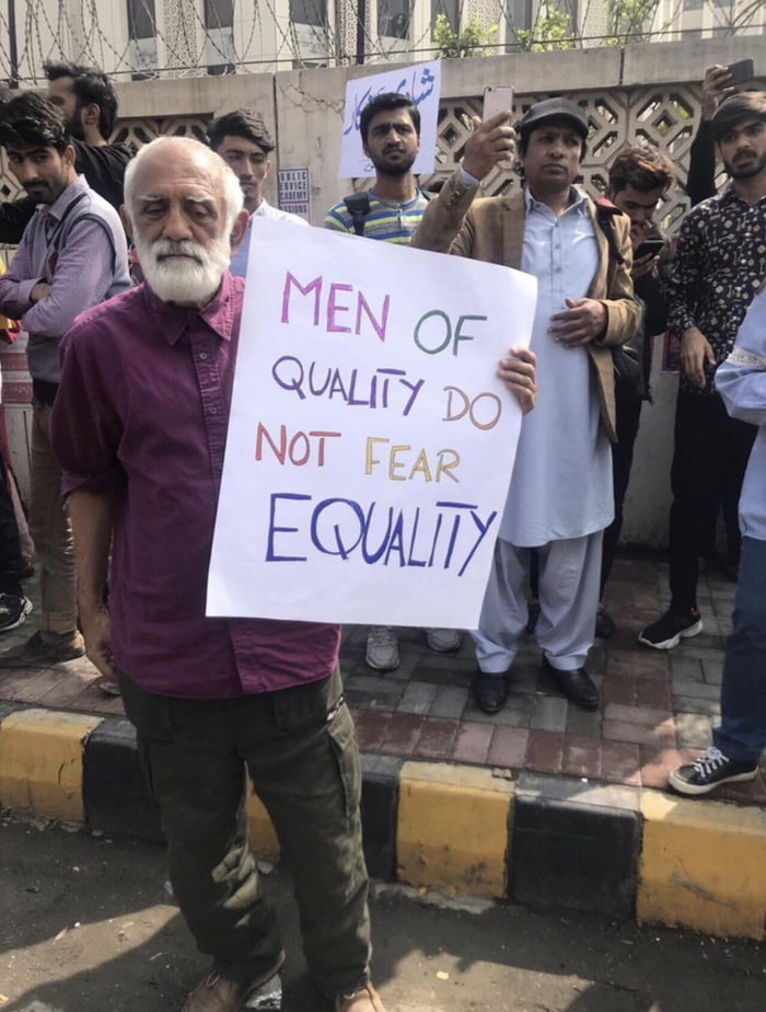 This Man in Pakistan's Women's march