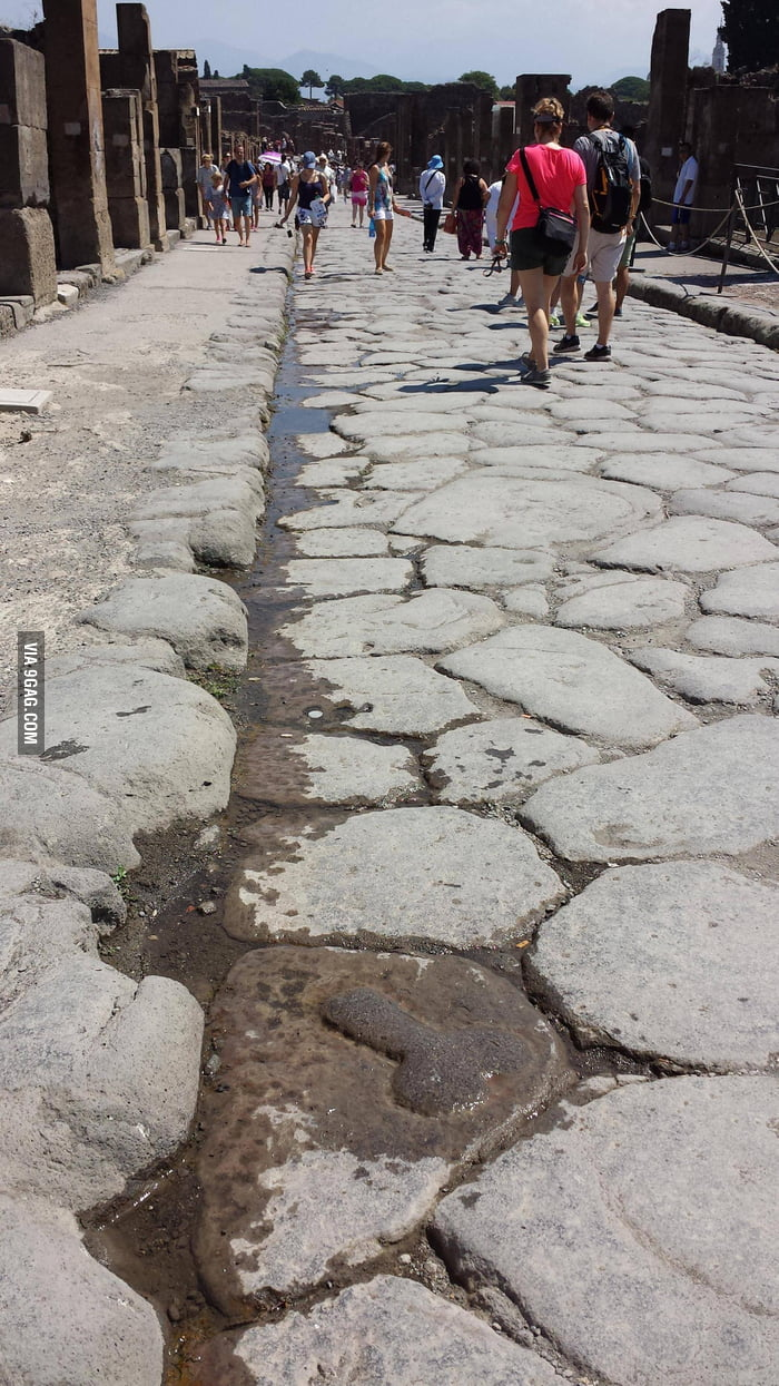 Nothing changes, even in 2000 years [Pompeii]