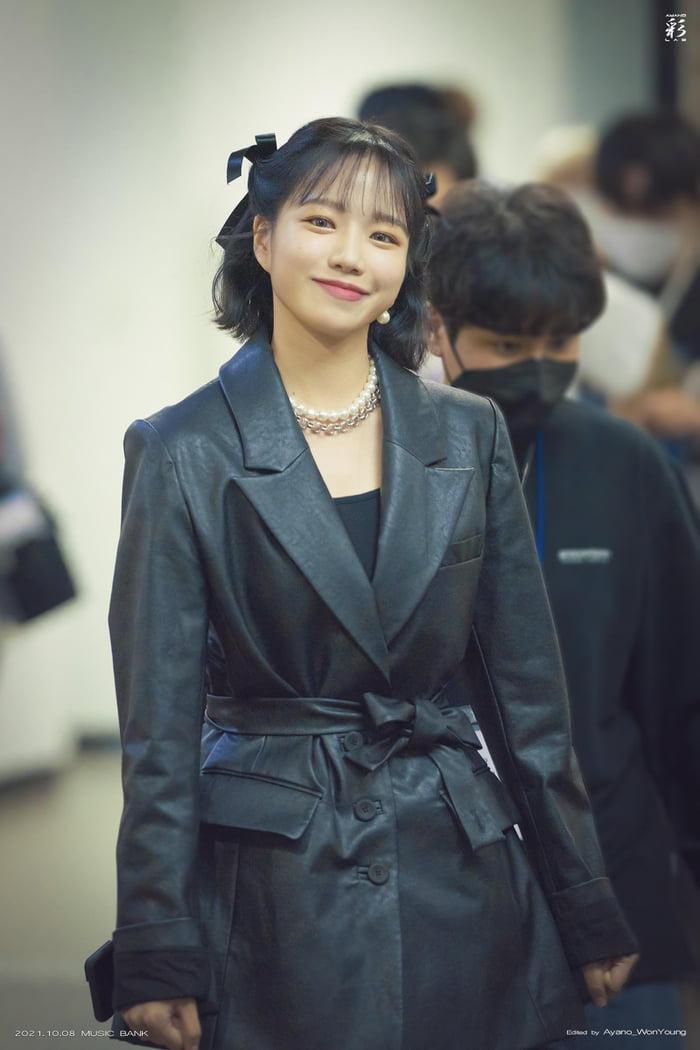 Photo : 211008 Jo YuRi @ Music Bank