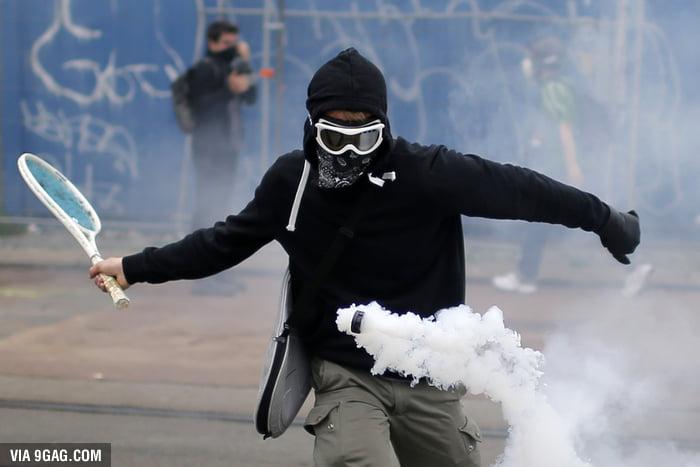 Rioter: 15, Police: 0
