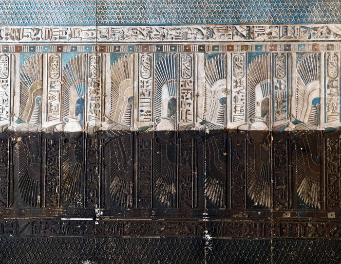 Egyptian restoration team managed to create a special gel formula to remove the soot layers from the ceilings and walls in the ancient temples and still keep the original colours - they already applied a first test on the ceiling of Osiris temple - and now this is the result :