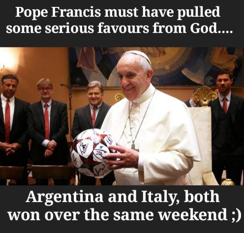 Papa Francis be praying like...