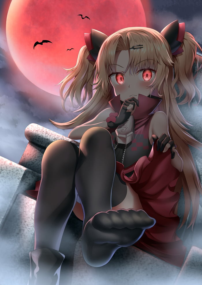 Spooky thighlights!