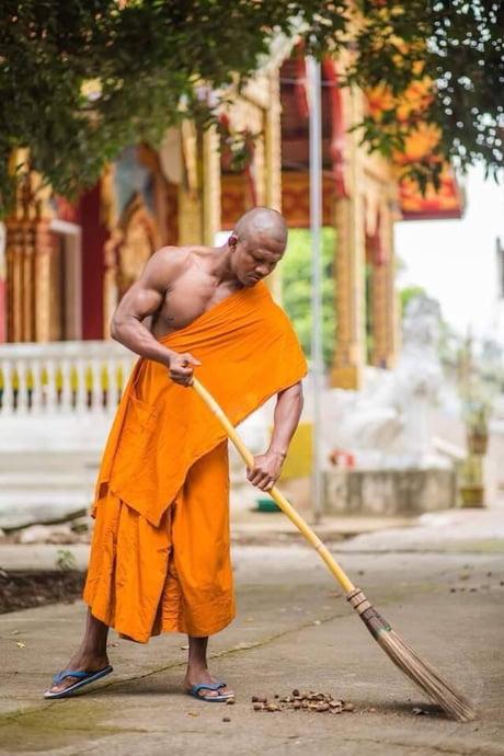 世上最强的僧侣-传说中的泰拳高手Baukaew -aGe7q45_460s