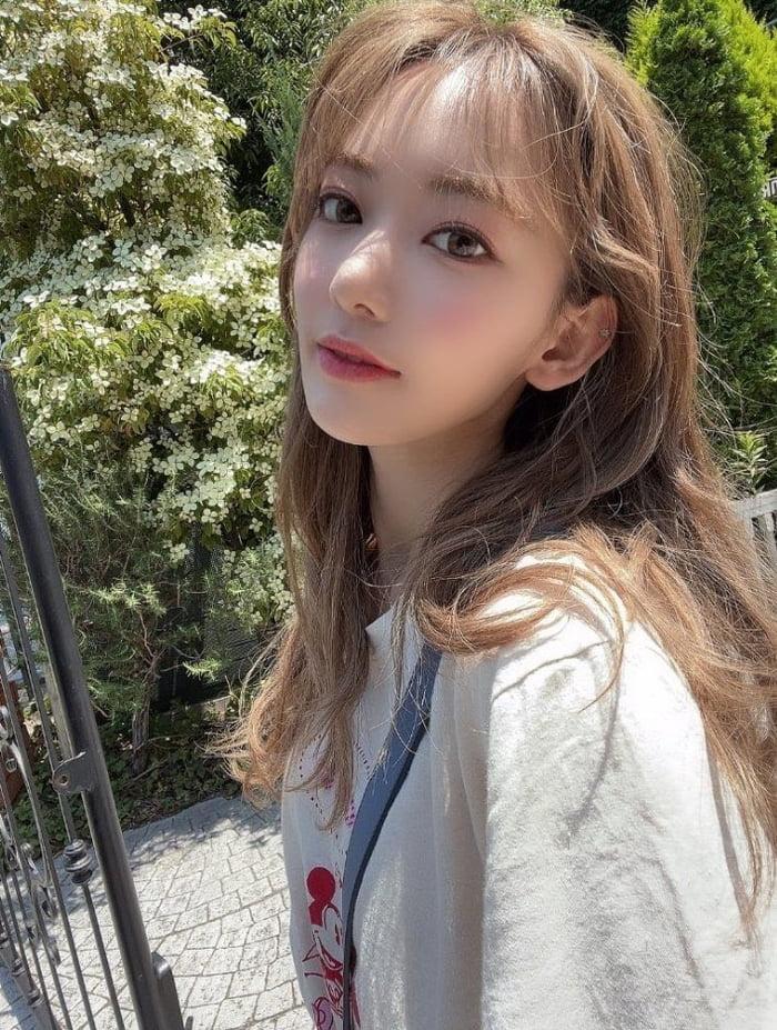 Photo : 210605 - Miyawaki Sakura Instagram Story Update
