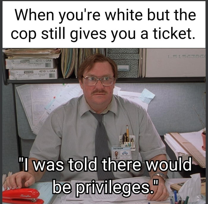 I'd like to speak to the police manager.
