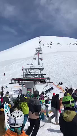 Skiing Accident - Video | Gif-Vif