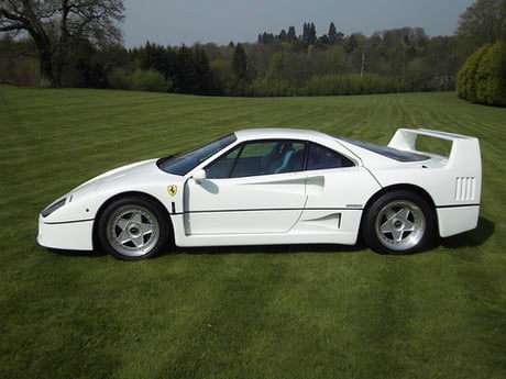 Since The Render Caused A Bit Of A Stir Here S The Real Deal White Ferrari F40 Owned By Chris Evans 9gag