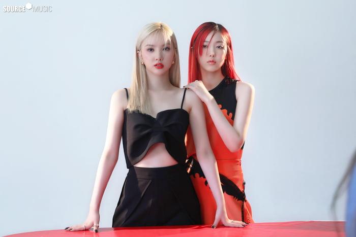 Photo : Eunha & SinB