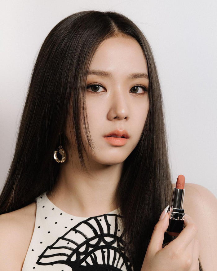 Photo : Jisoo for DIOR Beauty