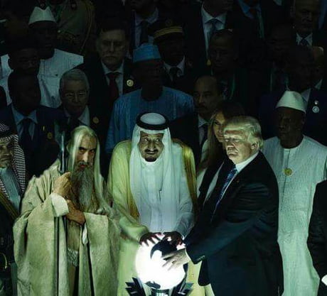 [Fun of the day - 23 May] Someone photoshoped Saruman into Trump's Orb Picture AND IT'S NOT EVEN WEIRD