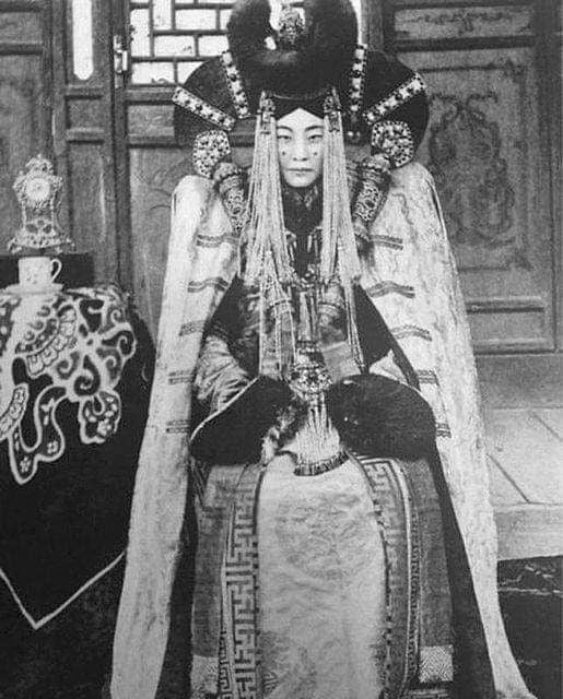 Queen Genepil the last queen of Mongolia. She was executed as part of the systematic purge of Mongolian culture by Stalin regime. Star Wars took inspiration of Queen Amidala from her.
