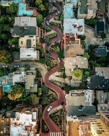 A bird's eye view of Lombard Street, San Francisco