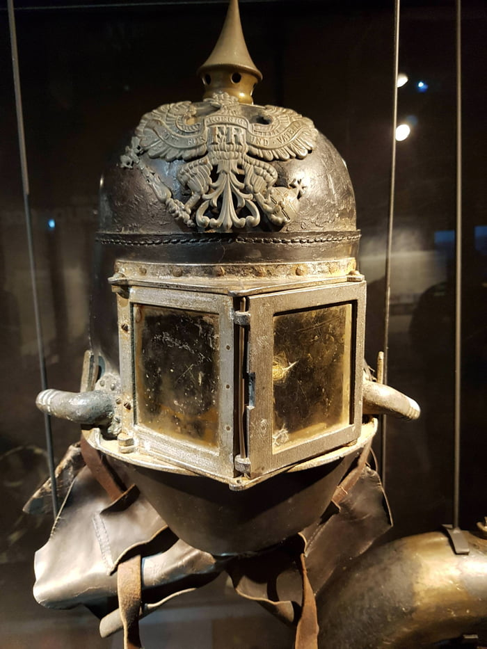 Helmet of a German flamethrowing soldier, WW1