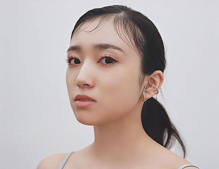 Photo : 210910 Sweet Editors Instagram Update With Yabuki Nako
