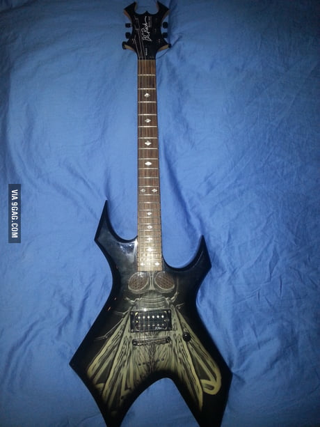 My B C Rich Body Art Collection The Fly 9gag