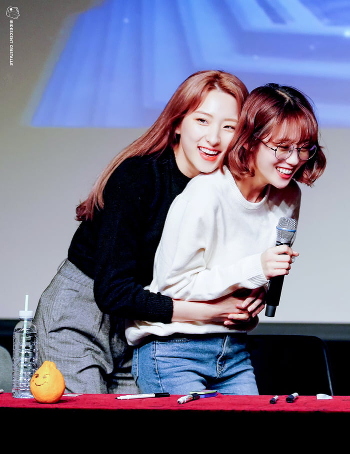 Photo : Eunseo & Luda