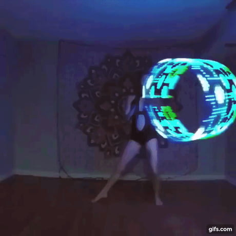 Hypnotic hula hoop