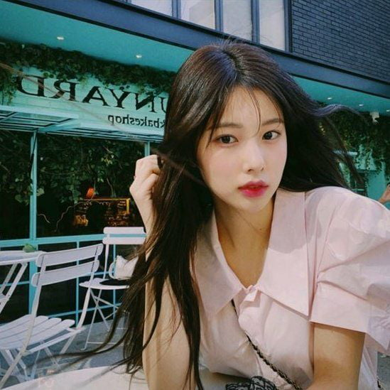 Photo : Date with Hyewon