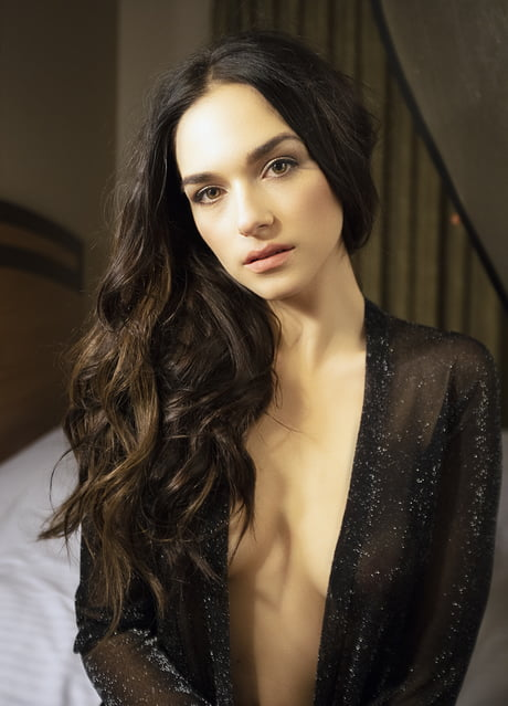 Emanuela Postacchini Hot