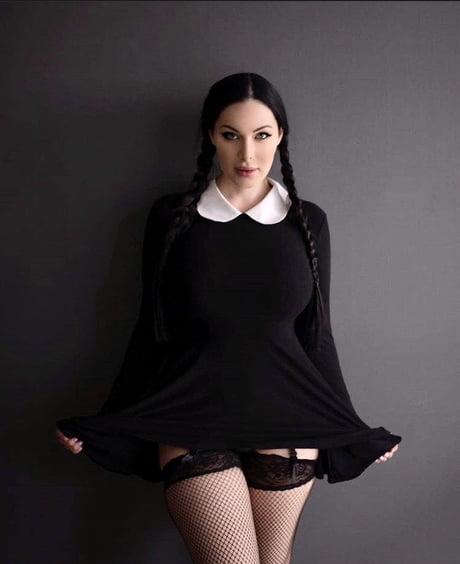 Wednesday Addams 3 .