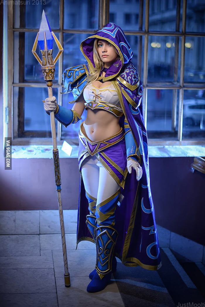 Warcraft - Sorceress Jaina Cosplay
