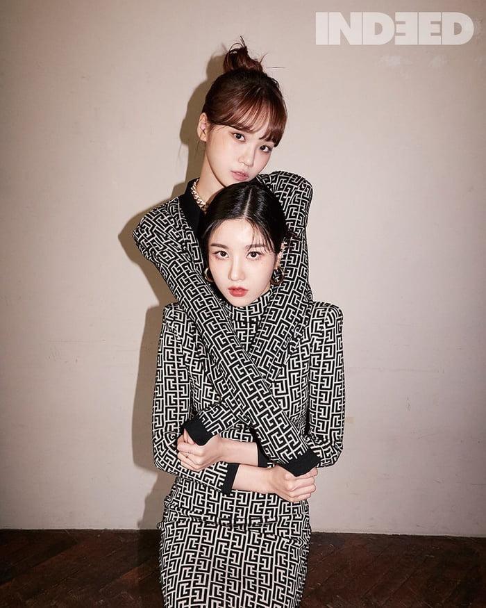 Photo : Chaewon & Eunbi